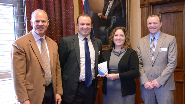 UW Extension recognizes governor's staff for actively seeking citizen input on water strategy