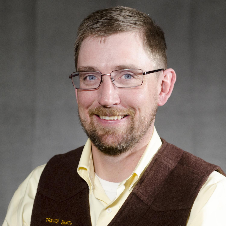 Travis Smith portrait